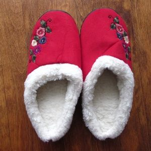 NWOT Red Slippers with Flowers Embroidered